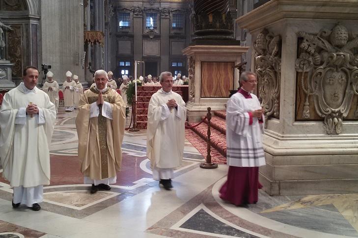 FOTO: Consacrarea Episcopală a Mons. Maurizio Malvestiti