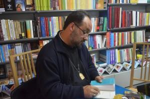 """ANUNŢ: Lansarea cărții """"Curajul de-a improviza. Eseuri întârziate despre harul nevăzut al vieţii"""", la Cluj-Napoca"""