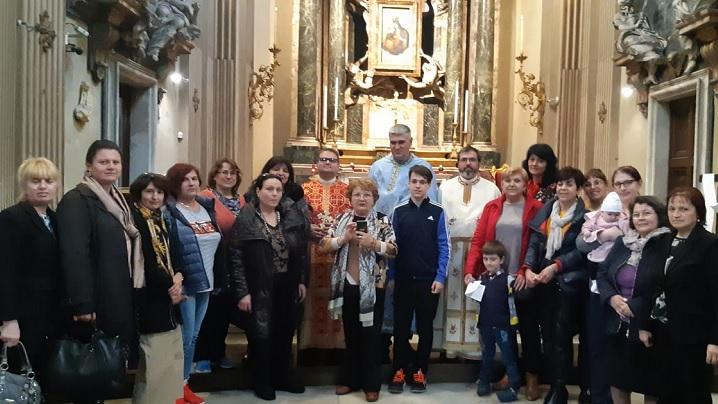 """Sfânta Liturghie în limba română în Biserica """"Santa Maria dei Miracoli"""" din Roma"""