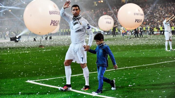 Cel mai generos fotbalist din lume a recidivat