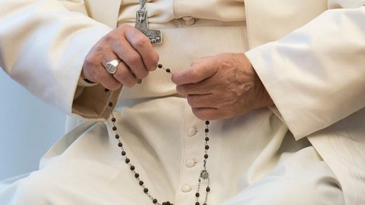 Luna mai. Rugăciunea papei Francisc la Fecioara Maria a Iubirii Divine (video)