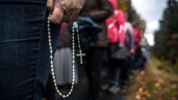 Polonia. Rugăciunea Rozariului la granițele țării