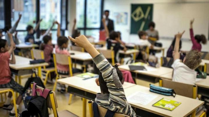 Părinţi străluciţi și profesori fascinanţi, la început de an școlar