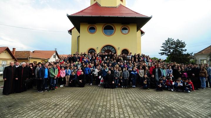 FOTO: Întâlnirea Arhieparhială a Tinerilor din Arhieparhia de Alba Iulia și Făgăraș