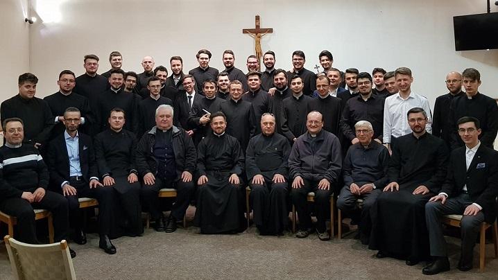 Exerciții spirituale pentru seminariștii și formatorii celor trei seminarii greco-catolice din România