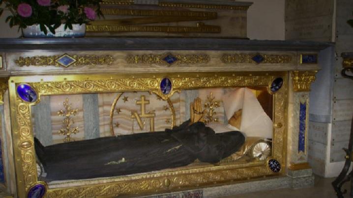 Cinci miracole ale sfinților cu trupuri intacte