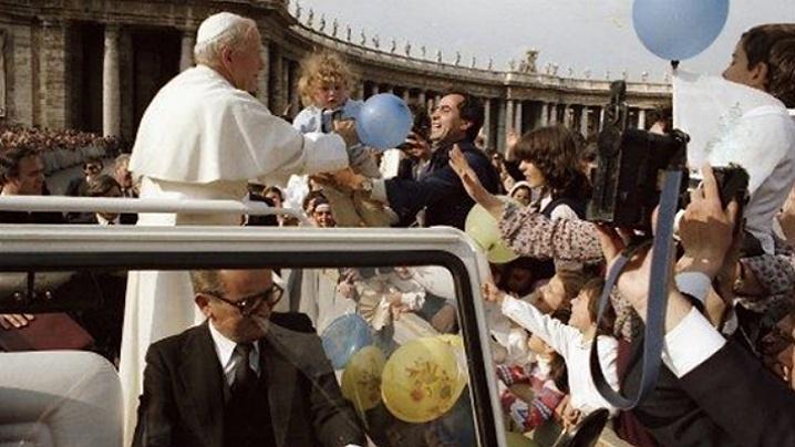 În urmă cu patruzeci de ani atentatul la adresa lui Ioan Paul al II-lea