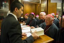 """A fost publicat un """"Enchiridion"""" cu documentele Bisericii despre familie și viață"""