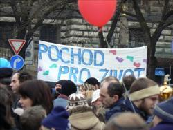 Slovacia. Asociaţiile creştine cer modificarea constituţiei pentru protejarea familiei