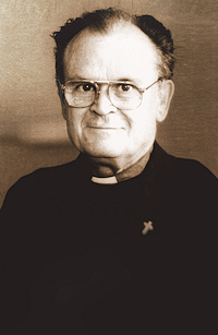 S-a întors în casa Tatălui, Pr. Tertulian Langa