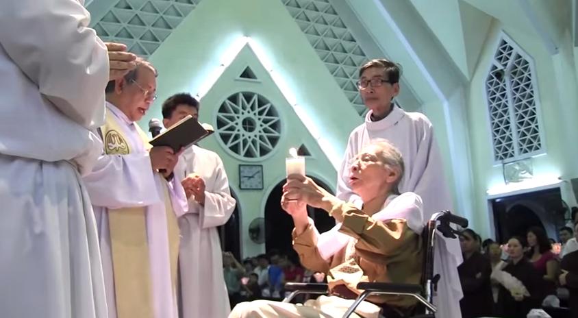 Convertire: faimosul compozitor al partidului comunist, To Hai, îmbrăţişează credinţa Bisericii Catolice