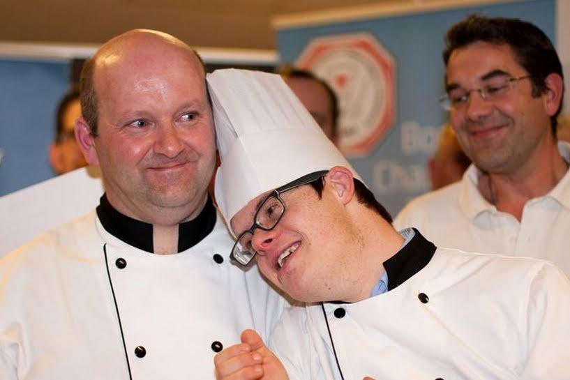 Un tânăr trisomic vă găti pentru președintele Franței