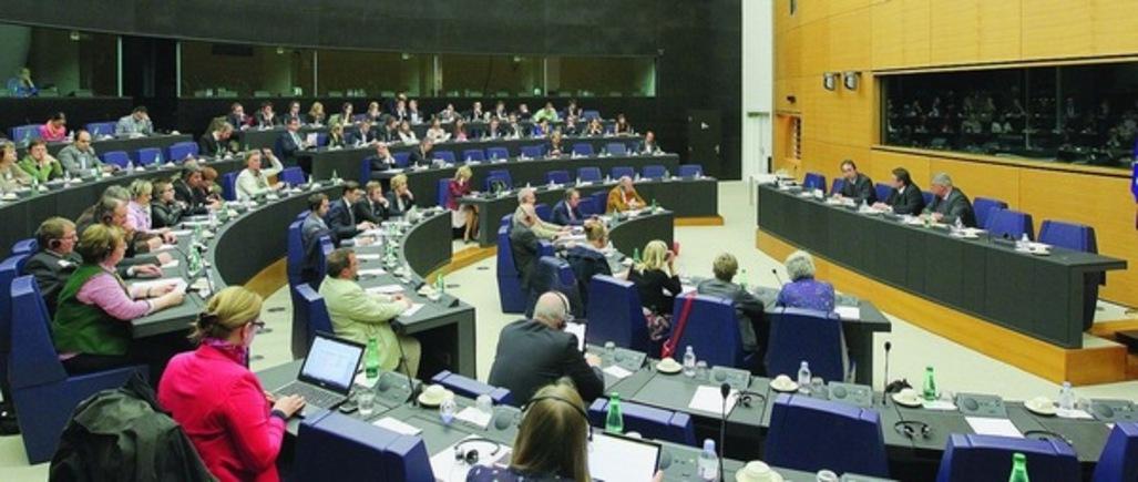 """Comisia Europeană respinge Inițiativa cetățenească """"Unul dintre noi"""""""
