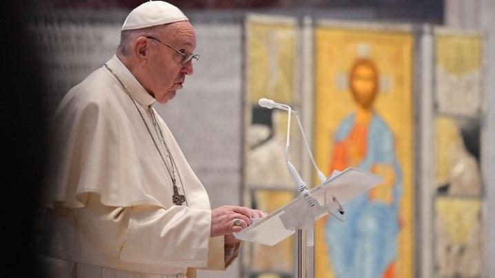 """""""Urbi et Orbi"""". Papa Francisc: Rănile lui Isus înviat, sigiliul peren al iubirii sale pentru noi"""