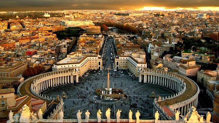 Biserica ajunge la oameni și prin intermediul internetului. Site-ul Vatican.va împlinește 20 de ani