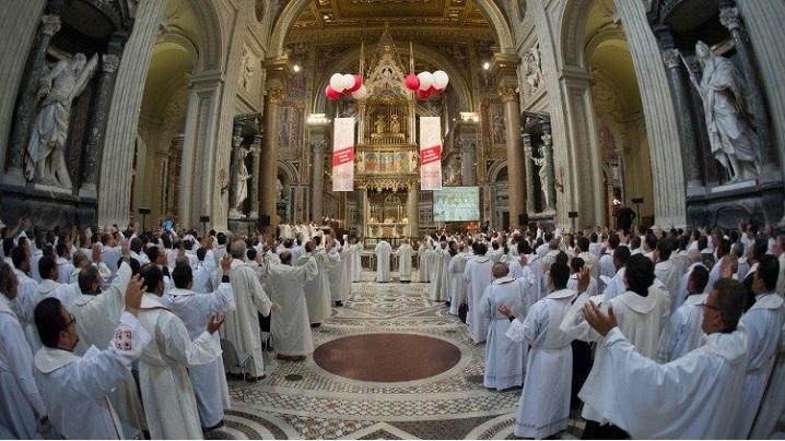 Criza vocațiilor religioase și răspunsurile unui benedictin