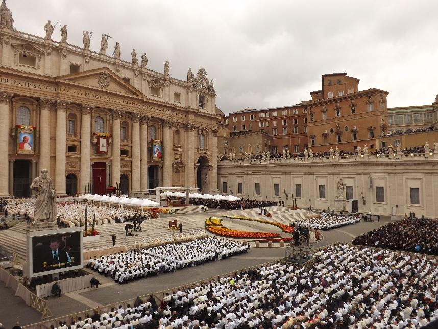 FOTO: Ioan al XXIII-lea și Ioan Paul al II-lea au fost proclamați Sfinți de Papa Francisc